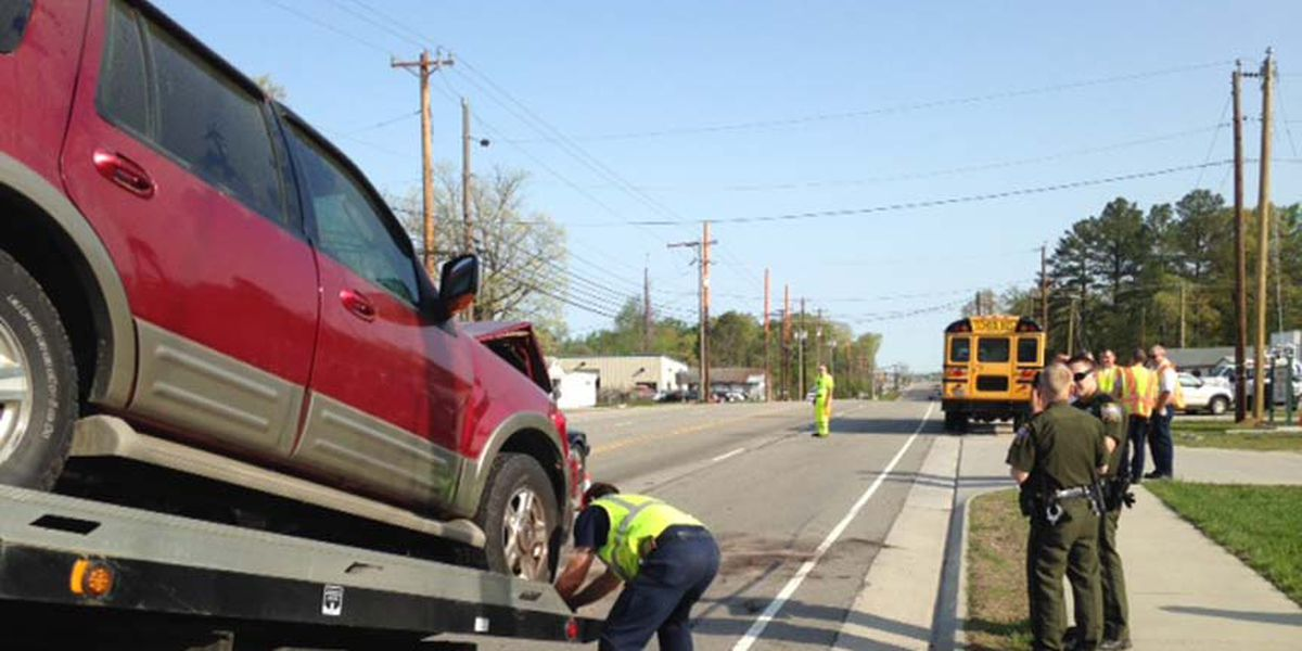 2 students in hospital after crash with Chesterfield school bus