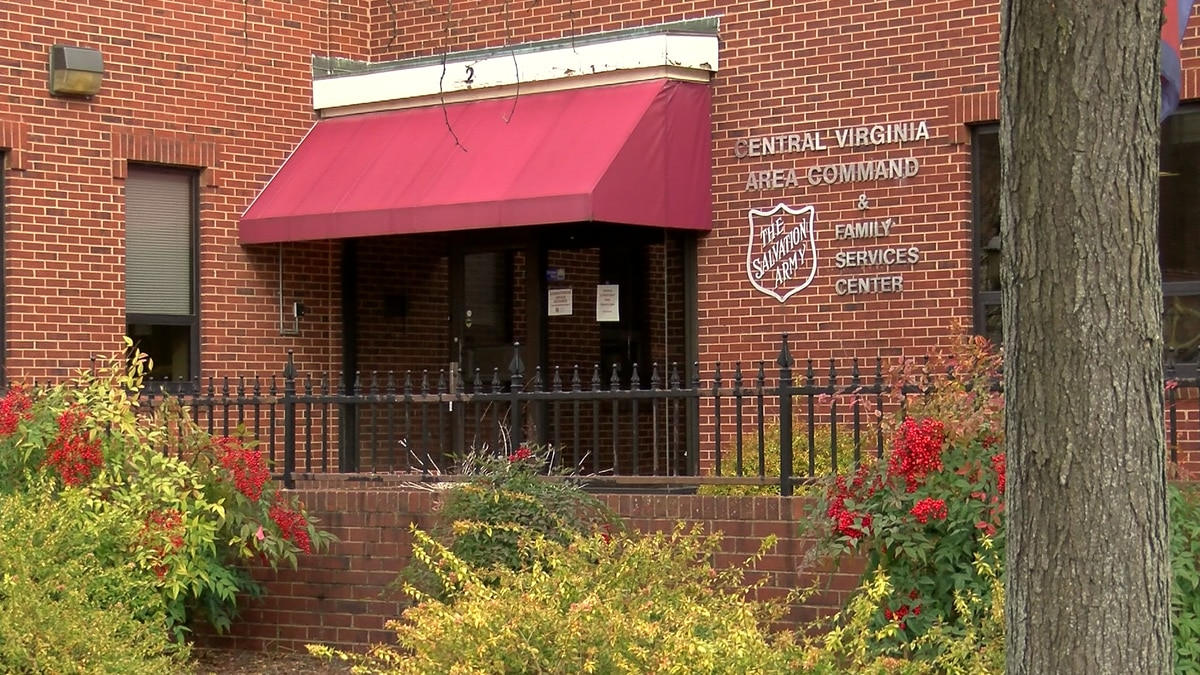 Salvation Army opens temporary housing center