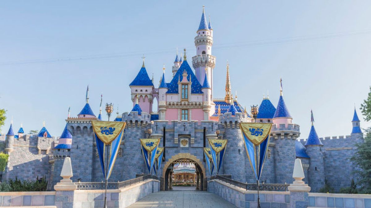 California OKs reopening of ball parks, Disneyland