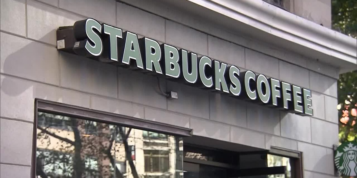 Starbucks is Offering Free Coffee to Healthcare Workers