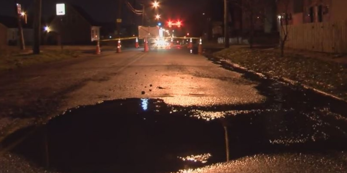 Water main break closes Richmond road 'until further notice'