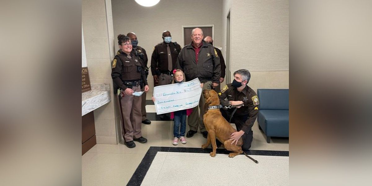 Virginia girl does six good deeds to celebrate 6th birthday