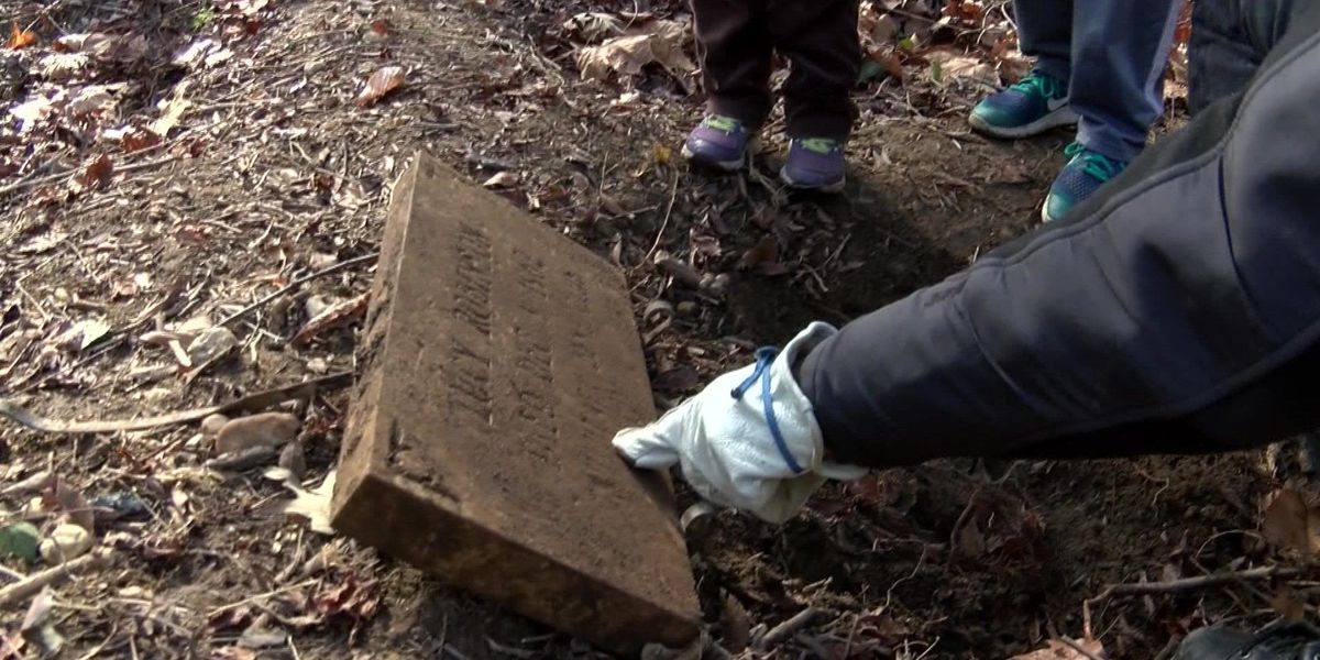Volunteers honor MLK by documenting Richmond's African American gravesites