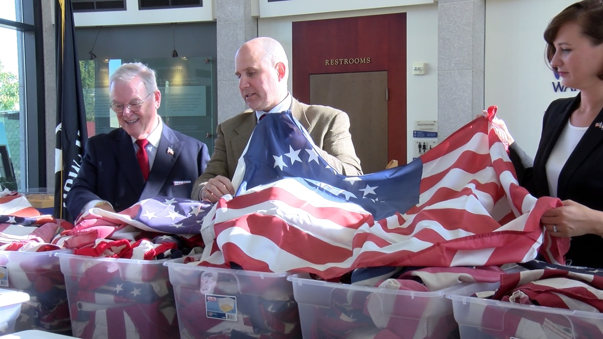1,200 retired American flags donated to Virginia War Memorial
