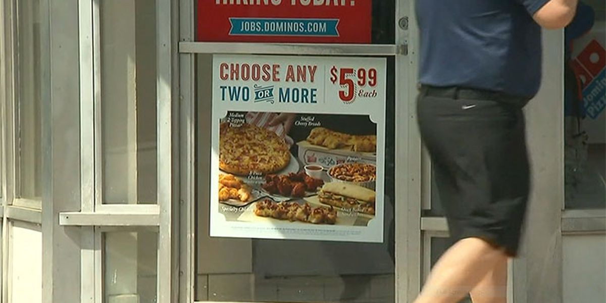 Domino's to hire 10,000 employees