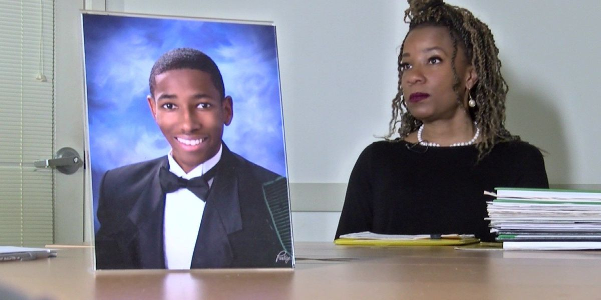 Richmond mom battles college over tuition, calls it 'fraud'