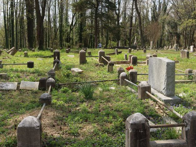 Legislators expand funding to restore African-American cemeteries