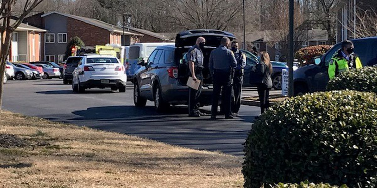 Henrico police searching for suspect in shooting that injured one