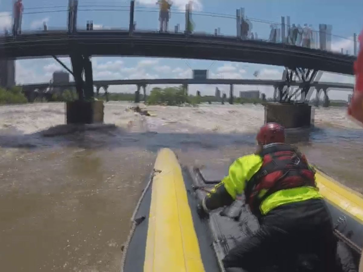 Richmond water rescue teams train on flooded James River