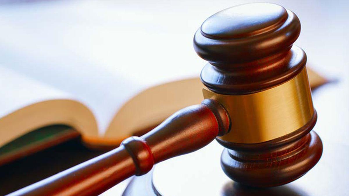 Charleston County man sues hair dye company, claims it causes burns, rashes
