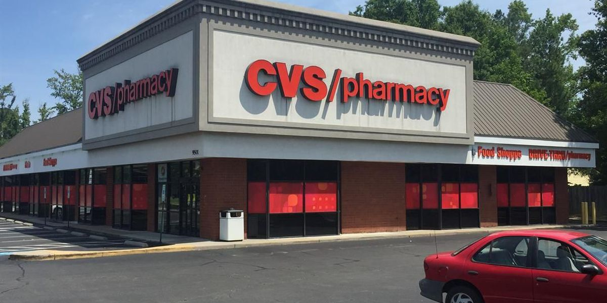 CVS pushes into insurance with $69 billion Aetna bid