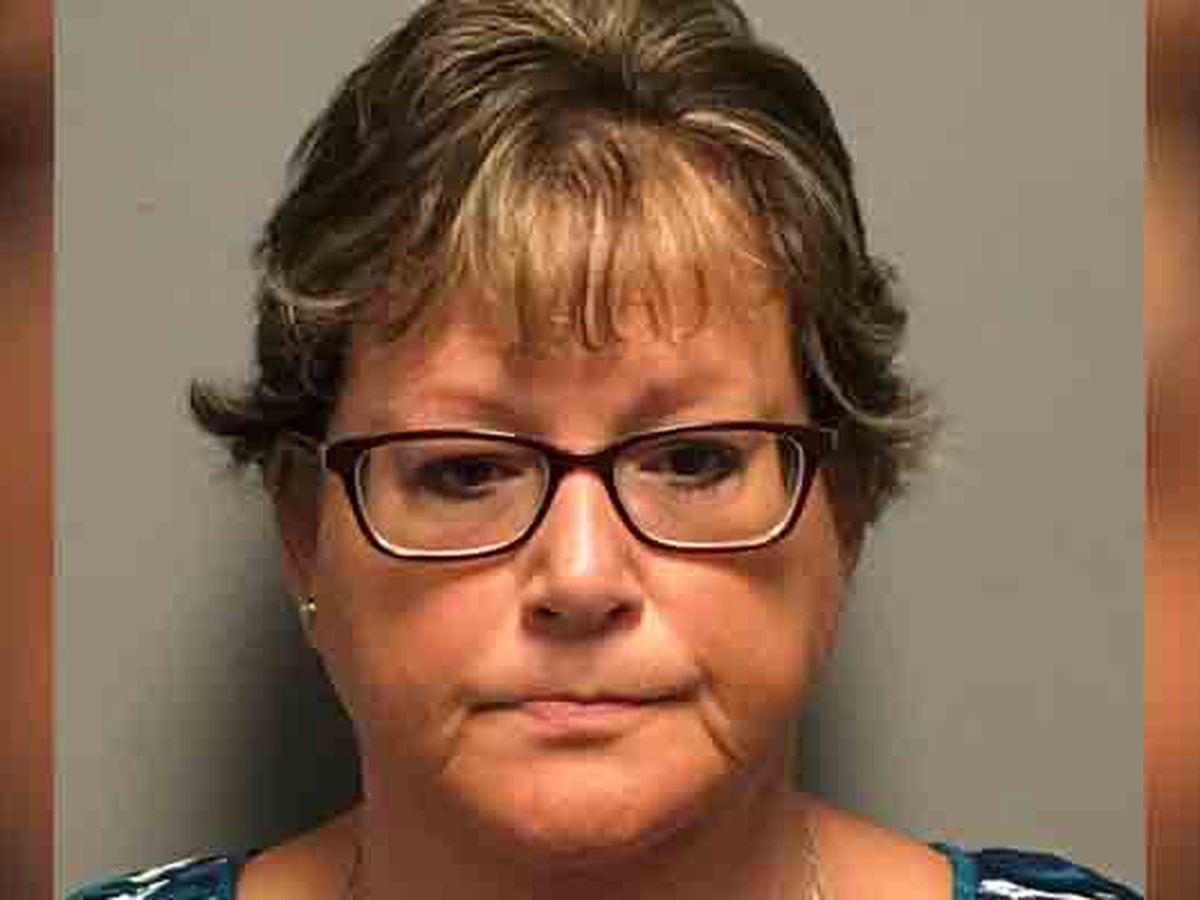 Woman charged with embezzling $55K from homeowners association
