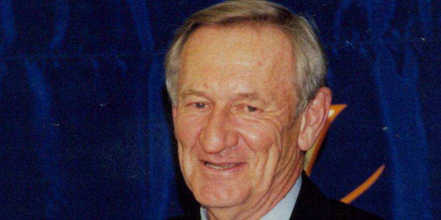 Former UVA football coach George Welsh dies at 85