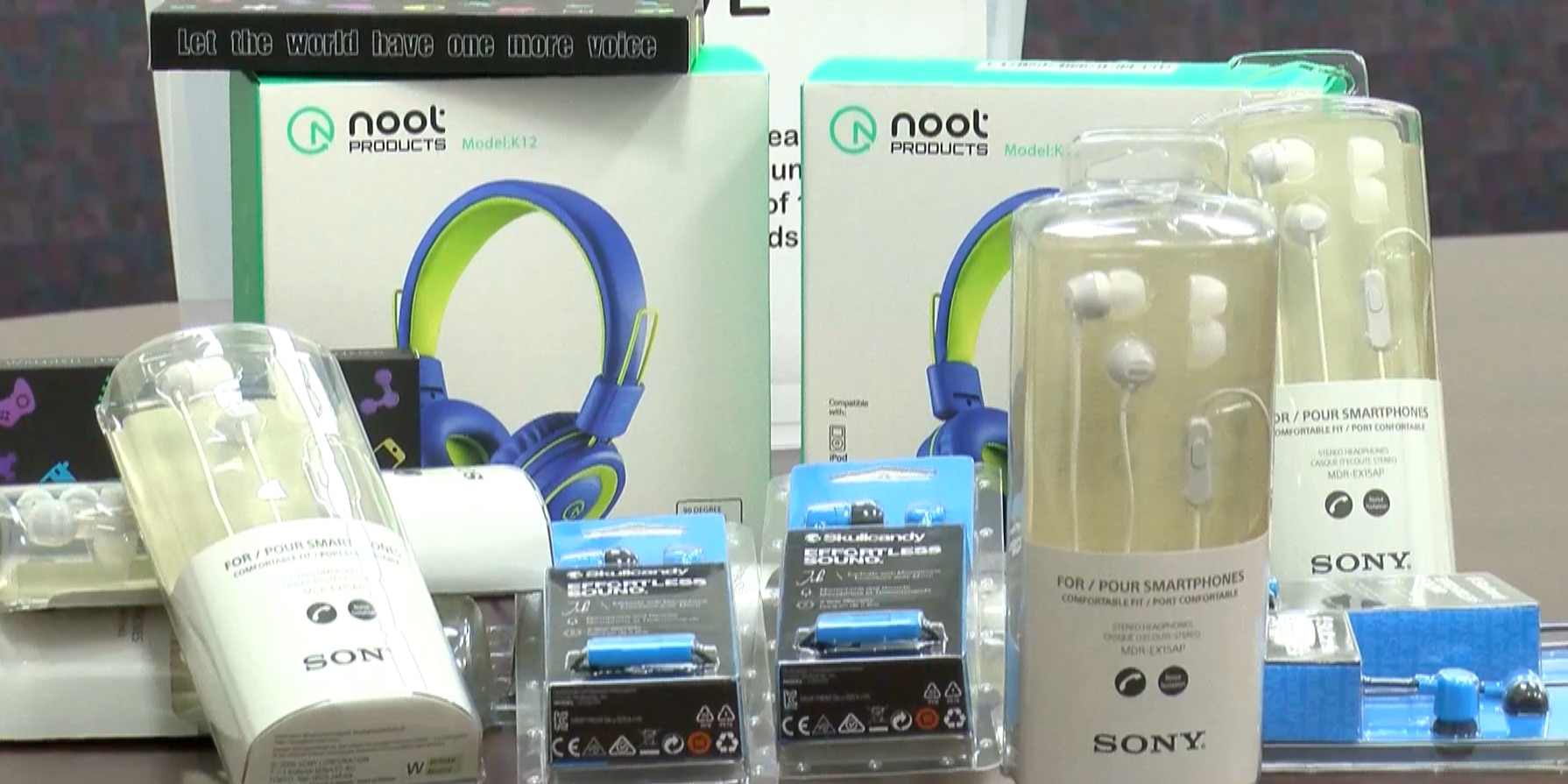 Henrico church collecting headphones, earbuds for students