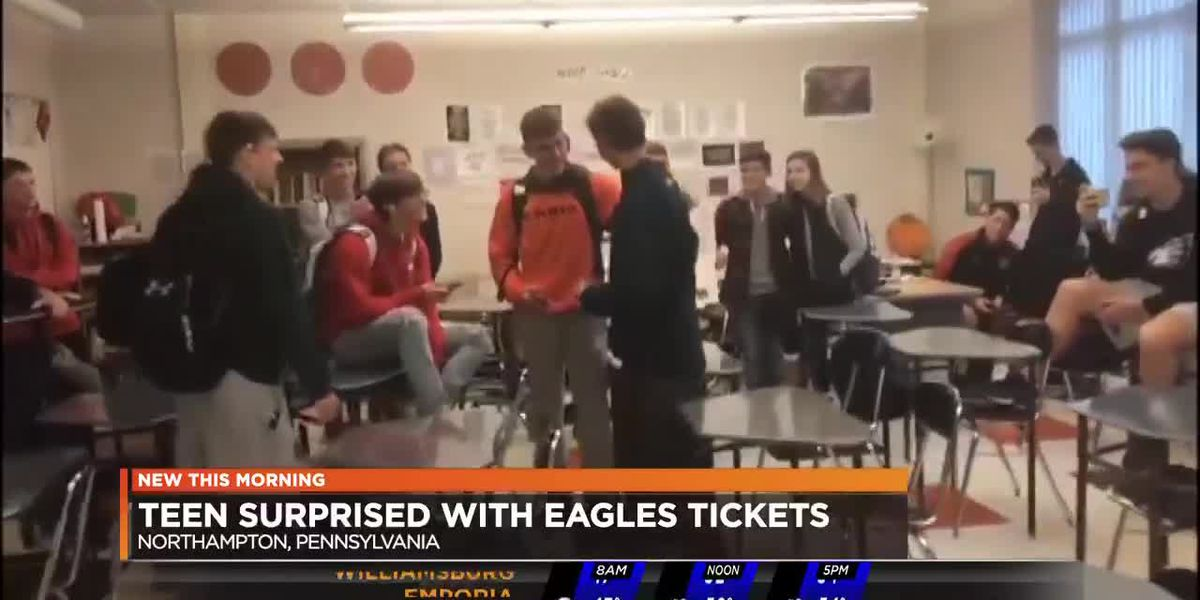 Teen surprised with Eagles tickets