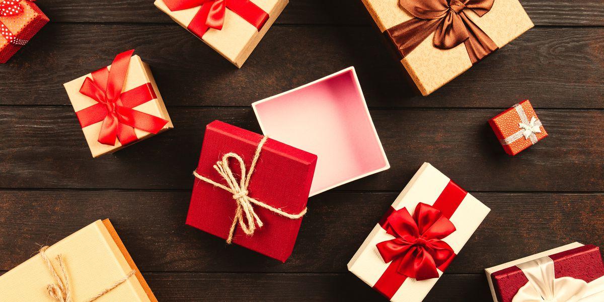 Aleris employees make Christmas season bright for Richmond families