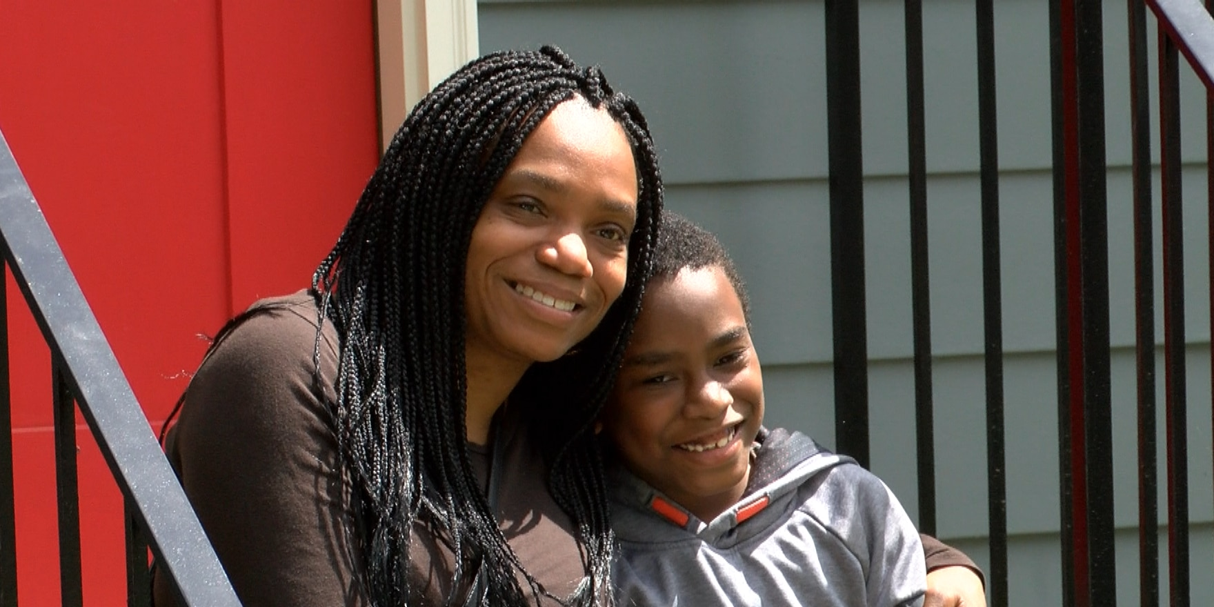 Health care worker gets keys to new home thanks to Habitat for Humanity
