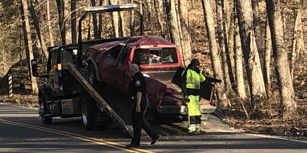 Med-Flight responds to single-vehicle crash in Chesterfield