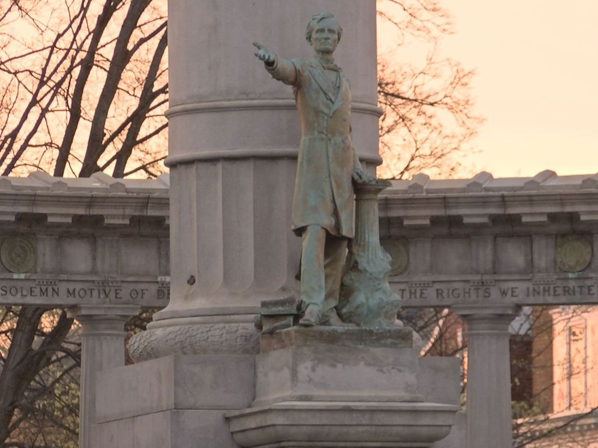 City sues to remove Confederate monument, citing free speech