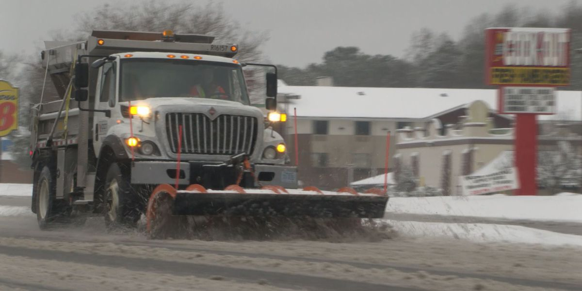 Central Va. sees biggest snowfall in 2 years, leaving roads slushy, slippery for Monday commute