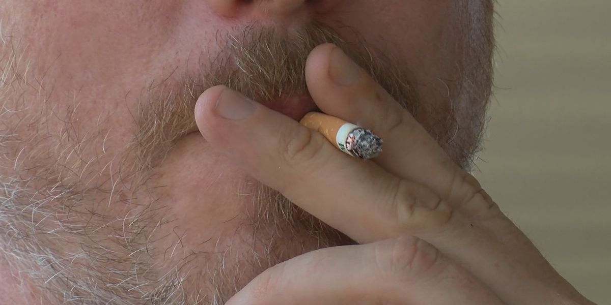 Bill introduced by Virginia senator to raise tobacco purchase age goes to President