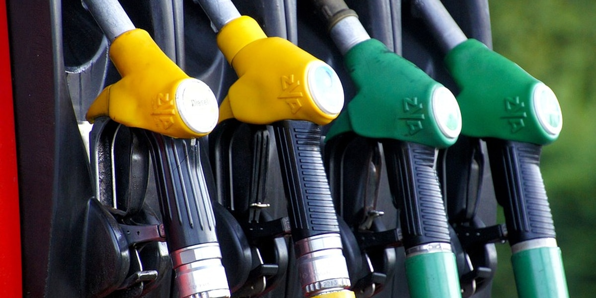 Gas prices in Virginia sharply drop