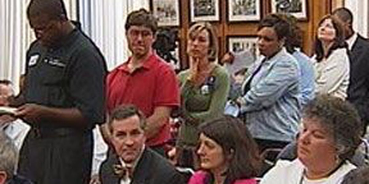 School Board votes preliminary approval of Richmond charter school