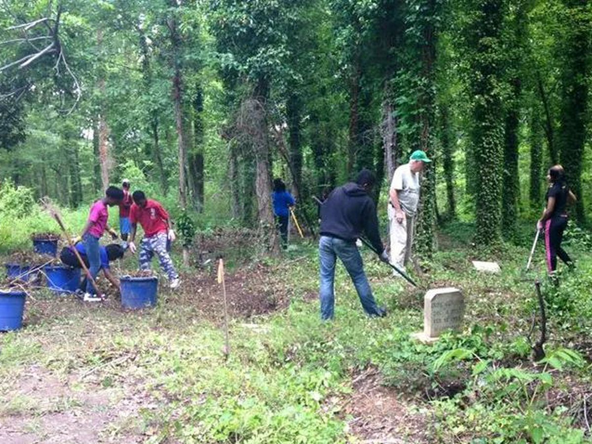 Momentum builds to restore large black cemetery in Virginia