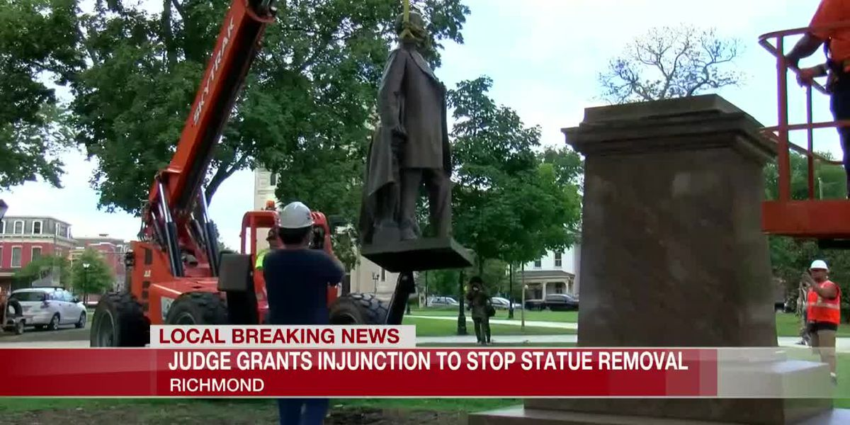 Judge grants injunction to stop statue removal