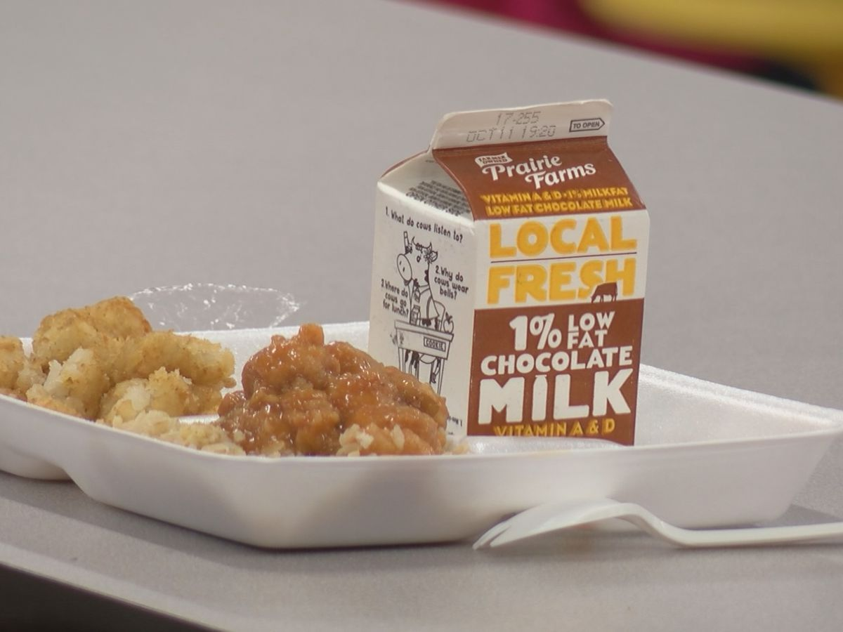 Virginia House bill to guarantee free school meals to students advances to Senate