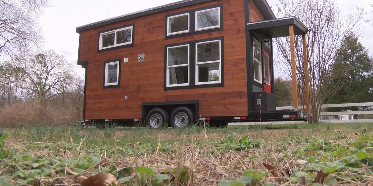 Thinking big, building small: Henrico man builds tiny house to help ease house buyers wallet
