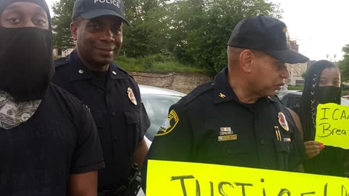Top cops side with protesters, Petersburg Chief calls for arrests of other MN officers