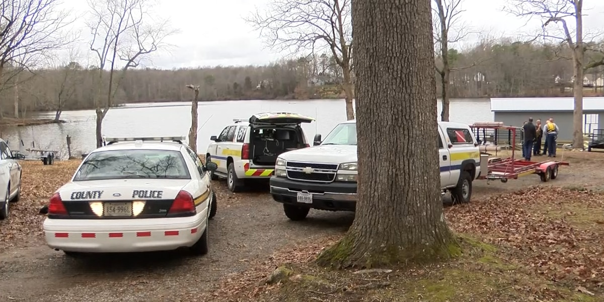 Chesterfield officials investigating suspicious jacket in Gregory Pond