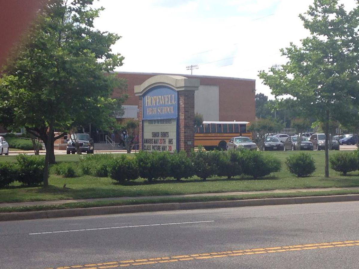 Employee at Hopewell High School tests positive for COVID-19