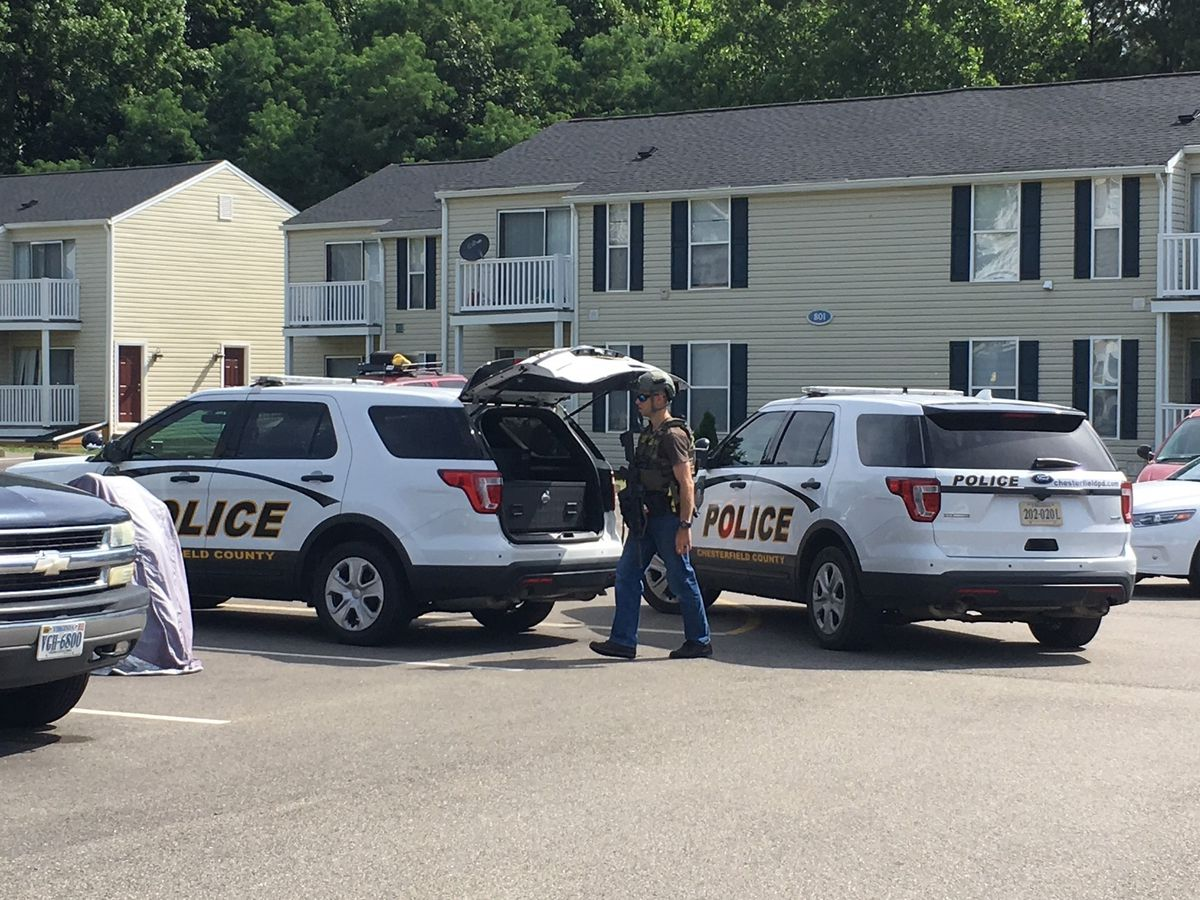 Large police presence descends on Chesterfield apartment