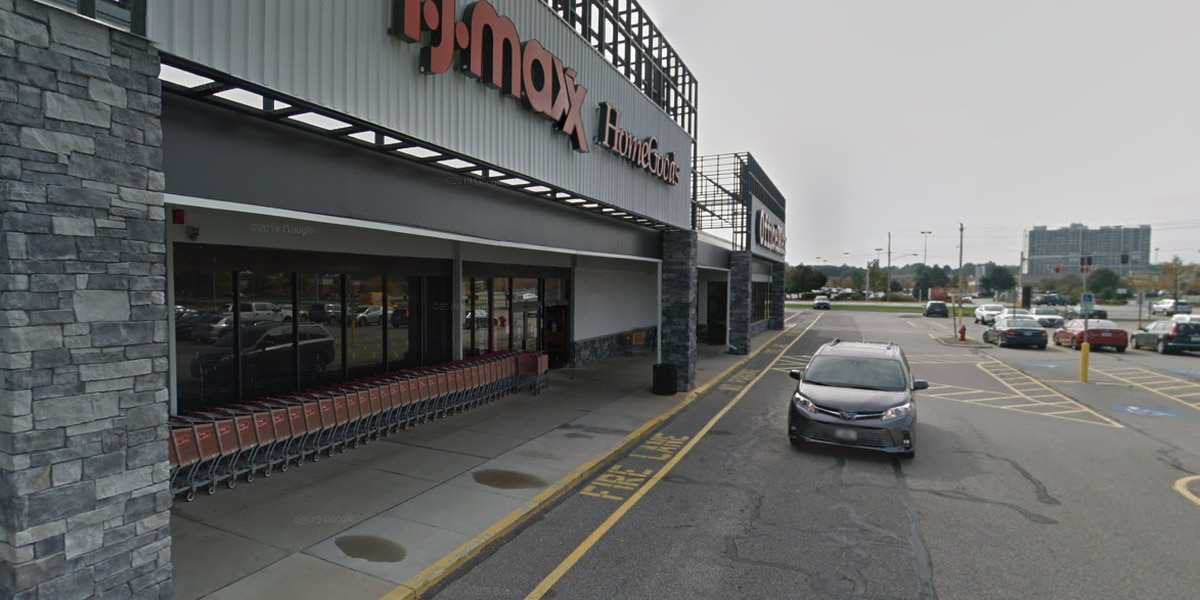 TJ Maxx, HomeGoods, and Kohl's stores closing for two weeks