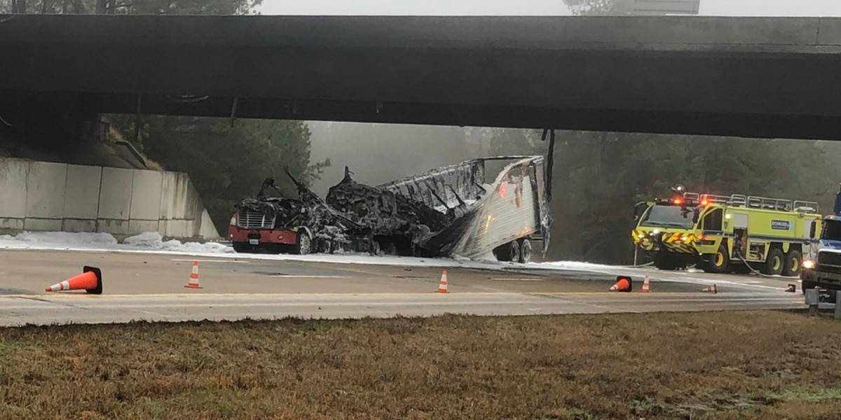 All lanes on I-295 North remain closed due to a tractor-trailer fire