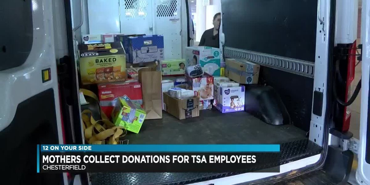Mothers collect donations for TSA employees