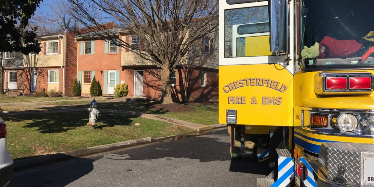 2 adults, 3 children displaced in Chesterfield house fire